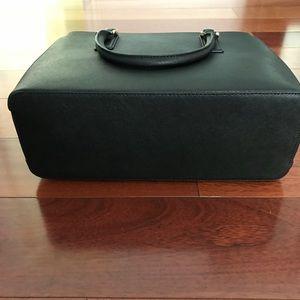 Tory Burch Bags - Tory Burch Robinson Mini EW Tote- Black